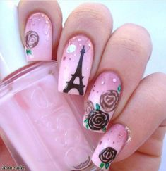 Nail Designs Eiffel Tower for Girls - Reny styles Cute Nail Polish, Cute Nails, Pretty Nails, My Nails, Paris Nail Art, Paris Nails, Eiffel Tower Nails, Feather Nails, American Nails