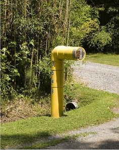 Ever see a funny mailbox that you can't help but laugh at? If you've got an address, you're definitely subject to endless, horrible junk mail arriving at your mailbox every week. So why not have a little fun with it? These people sure did - by tricking out their mailboxes to look like cartoon chara...