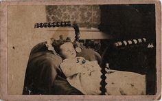 Post Mortem (Child's Death Portrait) by Piedmont Fossil, via Flickr. Fascinating. Memento Mori, Post Mortem Pictures, Travelers Rest, Quoth The Raven, Post Mortem Photography, Taking Pictures, Dead Pictures, Vintage Children, First Love