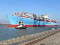 Edith-Maersk (largest containership) arrives in the Port of Antwerp.