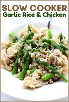 Instant Pot Garlic Rice and Chicken--brown rice is cooked with fresh garlic and tender bites of chicken. Parmesan cheese and asparagus (or broccoli) are stirred in to make a perfect one pot meal. Slow Cooking, Pressure Cooking, Cooking Games, Slow Cooker Huhn, Slow Cooker Chicken, Crockpot Recipes, Chicken Recipes, Cooking Recipes, Rice Recipes