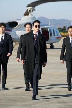 Touch Your Heart February Drama Korea, Korean Drama, Asian Actors, Korean Actors, Rei Arthur, Ideal Man, Kdrama Actors, It Movie Cast, Asian Hotties