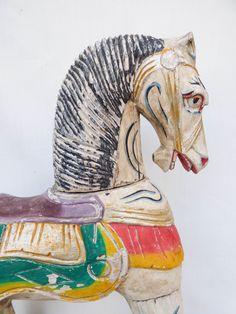 Cavalluccio a dondolo antico