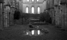 THOUGHTS ON ARCHITECTURE AND URBANISM: Some Surrealist images of Nostalghia, directed by Andrei Tarkovsky