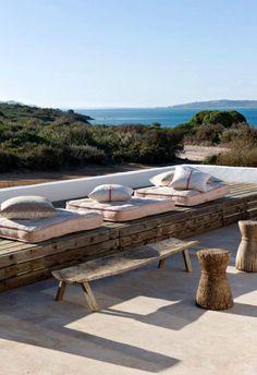 Sieste sur la terrasse Have a rest + sea + sun + patio + terrace Outdoor Rooms, Outdoor Gardens, Outdoor Living, Outdoor Decor, Outdoor Seating, Rustic Outdoor, Lounge Seating, Outdoor Cushions, Villa Design