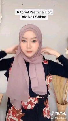 Hijab Turban Style, Mode Turban, Simple Hijab Tutorial, Hijab Style Tutorial, Stylish Hijab, Hijab Chic, Street Hijab Fashion, Muslim Fashion, Pashmina Hijab Tutorial