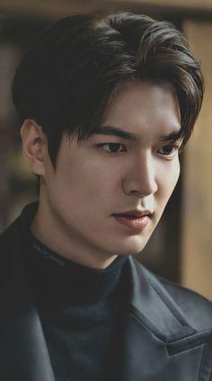 Lee Min Ho Images, Lee Min Ho Photos, Park Shin Hye, Handsome Korean Actors, Handsome Boys, Legend Of Blue Sea, Jackson Movie, Kim Go Eun, Boys Over Flowers