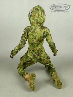 1/6 Phicen VeryCool Villa Sister Female Body, Camouflage Suit, Hands, Boots Set | eBay Camouflage Suit, Female Bodies, Action Figures, Dinosaur Stuffed Animal, Scale, Sisters, Villa, Hands, Suits
