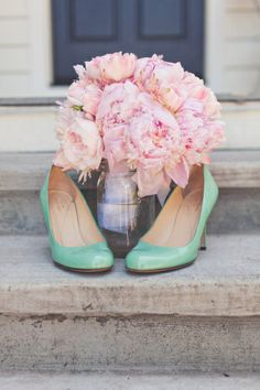 #dresscolorfully florals and heels