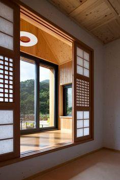 9 bay window ideas with modern interior design 3 Home Room Design, Dream Home Design, Home Interior Design, Kitchen Interior, Modern Interior, Asian Home Decor, Cheap Home Decor, Japanese Home Decor, Unique House Design