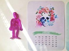 From My Etsy Shop thatsplantastik.etsy.com --- 2016 monthly SKULLS calendar dashboards insert