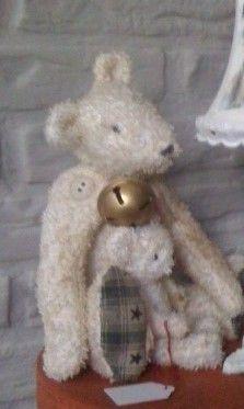 Mooie beer van verouderde badstof  Met de hand gemaakt