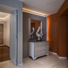 Inspiración para el diseño y decoración de pasillos, halls y escaleras. Fotos de vestíbulos y escalera que te servirán para crear el hogar de tus sueños.