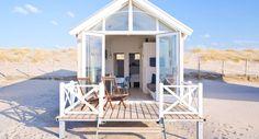 Op deze plekken in Nederland kun je slapen op het strand