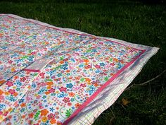 waterproof blanket made with vinyl tablecloth
