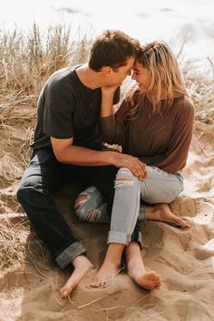 Playful beach couple session engagement session syling and o Couple Beach Pictures, Couple Picture Poses, Photo Couple, Couple Posing, Couple Shoot, Couple Pics, Couple On The Beach, Couple Photoshoot Ideas, Beach Pics
