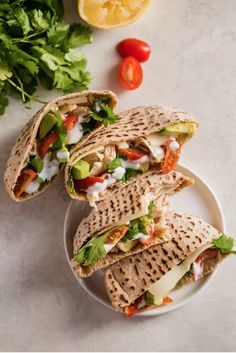 Chicken Pita Sandwiches are a healthy and delicious lunch option. This Chicken Avocado Sandwich is perfect for work days. Chicken Pita Sandwiches are a healthy and delicious lunch option. This Chicken Avocado Sandwich is perfect for work days. Chicken Avocado Sandwich, Chicken Pita, Healthy Chicken, Chicken Meals, Clean Eating Snacks, Healthy Snacks, Healthy Eating, Healthy Recipes, Yummy Healthy Food