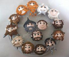 Hobbit cupcakes. Awesome. ヒゲも甘く完全再現! 『ホビット』カップケーキ(Kotaku Japan) - エキサイトニュース