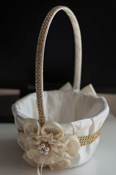 Ivory ring bearer pillow ivory flower girl basket by AlexEmotions