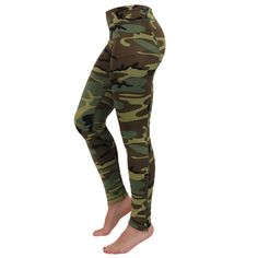 Camo active workout leggings pants Perfect workout leggings, or just as plain leggings. Never worn. Camo Leggings, Sports Leggings, Leggings Are Not Pants, Workout Leggings, Military Workout, Female Marines, Athletic Outfits, Usmc, Workout Wear