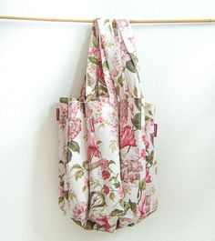 Washed French linen floral tote bags for every occasion and every casual outfit!