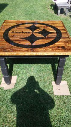 My steelers table Steelers Helmet, Go Steelers, Pittsburgh Steelers Football, Pittsburgh Sports, Steelers Stuff, Painted Tv Trays, Mackenzie Childs Inspired, Sports Painting, Football Crafts
