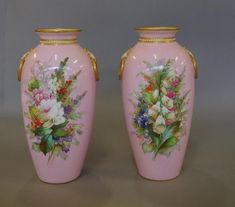 Vases - Royal Worcester - Carter's Price Guide to Antiques and Collectables