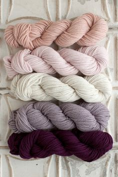 The Yarn for Valley Green Inn Cowl kit includes 5 skeins of Classic Worsted - 1 skein each of Colors A, B, C, D, and E. Get more info about Classic Worsted, or choose your own unique color combo here!
