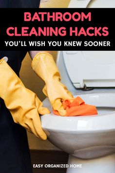 9 DIY Bathroom Hacks For An Organized And Clean Bathroom – Home Cleaning Bathroom Cleaning Hacks, Household Cleaning Tips, Toilet Cleaning, House Cleaning Tips, Tub Cleaning, Bathroom Organization, Bathroom Ideas, Green Cleaning Recipes, Natural Cleaning Recipes
