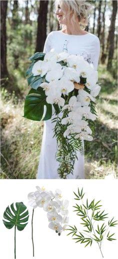 Glorious Tropical Wedding Bouquet Inspiration For More Fresh Look https://bridalore.com/2017/08/01/tropical-wedding-bouquet-inspiration-for-more-fresh-look/