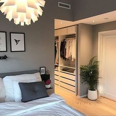 3522 Likes 32 Kommentare Kjerstin Villa Webb comments curtid - Oktoberfest Bedroom Closet Design, Bedroom Wardrobe, Home Room Design, Closet Designs, Dream Bedroom, Home Bedroom, Bedroom Decor, Parents Room, Dressing Room Design