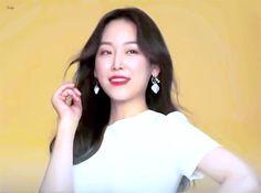 180920 서현진 뷰티인사이드 메이킹 움짤 Seo Hyun Jin, Beauty Inside, Movies Showing, Korea, Entertainment, Fashion, Moda, Fashion Styles, Fashion Illustrations