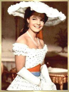 Romy Schneider ,nome artístico de Rosemarie Magdalena Albach ( Viena, 23/09/1938 — Paris,29/05/1982 ) Romy Schneider era filha dos ator...