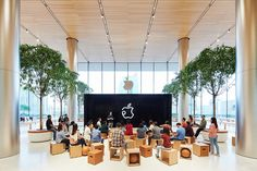 apple has opened 'apple iconsiam', its first store in thailand. the scheme is an inviting, glazed building located along the chao phraya river in bangkok. Office Interior Design, Office Interiors, Mobile Shop Design, Apple Office, Public Space Design, Sales Office, Co Working, Outdoor Wedding Venues, School