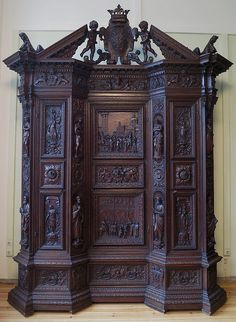 35 Inspiring Antic Furniture Ideas For Living Room Decor - SearcHomee Victorian Furniture, Antique Furniture, Antique Hutch, Distressed Furniture, Gothic House, Iron Decor, Furniture Design, Furniture Ideas, Armoire