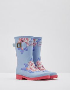 Don't let rain stop play kit out your little one with the right clothing to see off the heaviest of downpours. From fun versatile coats to the brightest wellies. Joules Wellies, Wellies Rain Boots, Joules Uk, Water Kids, Rain Collection, Winter Shoes, Baby Girl Fashion, Rubber Rain Boots, Shoe Boots