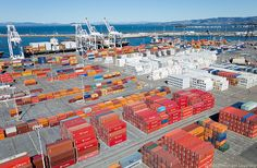 Shipping containers, Port of Oakland