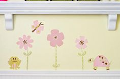 Use vinyl to create beautiful wall decor for your nursery, using your favorite #Cricut cartridge!