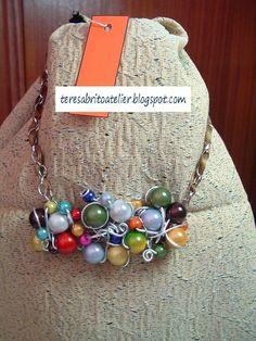 Teresa Brito - Atelier: # G006Gargantilha com pedras coloridas e arame.