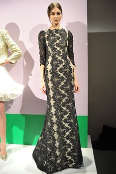 Alice + Olivia, Fall 2012 RTW | Another great look. I especially like the neckline and the sleeves. So pretty.