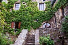 A great XVII th stone house.