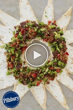 Feed into the spirit with a crescent recipe so fast and tasty, it feels like a Christmas miracle. Diy Christmas Gifts For Family, Why Christmas, Christmas Hacks, Large Christmas Baubles, Christmas Tree Toppers, Christmas Decorations To Make, Christmas Lights, Christmas Cookies, Christmas Crafts
