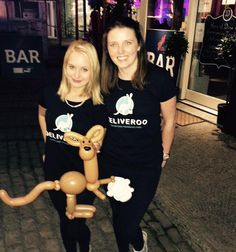 #Deliveroo Logo, made for the lovely ladies from Deliveroo at the #DalkeyLobsterFest in the #TramyardCafe #mrballoonatic #balloonlogo #kangarootogo