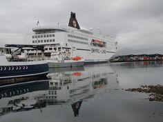 Norrøna, Smyril-Lines færge, som sejler mellem Danmark, Færøerne og Island året rundt