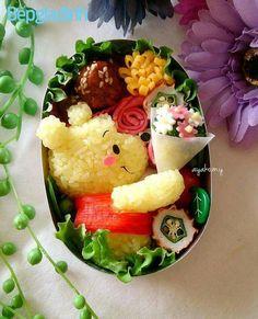 Pooh Bento Pooh Bento - Home Decor ideas &Home Garden & Diy Cute Food Art, Food Art For Kids, Bento Kids, Japanese Food Art, Japanese Bento Box, Good Food, Yummy Food, Bento Recipes, Le Diner
