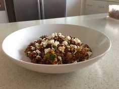Recipe Quick Quinoa Salad by guest, learn to make this recipe easily in your kitchen machine and discover other Thermomix recipes in Main dishes - vegetarian. Vegetarian Main Meals, Vegan Dinners, Vegan Vegetarian, Thermomix Recipes Healthy, Vegan Recipes, Savoury Recipes, Healthy Food, Dog Food Recipes, Salad Recipes
