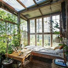 Maybe I could live here all summer . Garden house from old windows. - - Check more at decorating summer Maybe I could live here all summer . Garden house from old windows. Old Windows, Recycled Windows, My New Room, My Dream Home, Future House, Interior And Exterior, Interior Garden, Home And Garden, Summer Garden