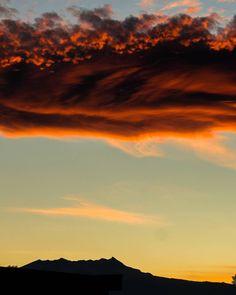 Atardecer en #Metepec #CDMX #Mx ---------------------- #nature #sky #sun #pretty #sunset #sunrise #blue #twilight #clouds #light #cloudporn #skylovers #mothernature #photo #photos #pic #picture #snapshot #art  #instagood #picoftheday #photooftheday #all_shots #exposure #focus #capture #moment