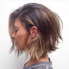 Idée Tendance Coupe & Coiffure Femme 2017/ 2018 : Voici les plus Beaux Modèles De Coupes Cheveux Courts à Mi-longs. | Coiffure