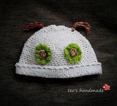 teo's handmade: Caciulita crosetata Happy Crochet Hats, Handmade, Knitting Hats, Hand Made, Handarbeit